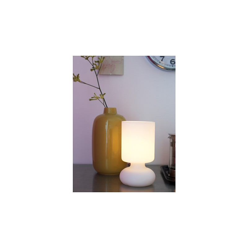 Ikea lykta lampada da tavolo bianco for Ikea tavolo bianco