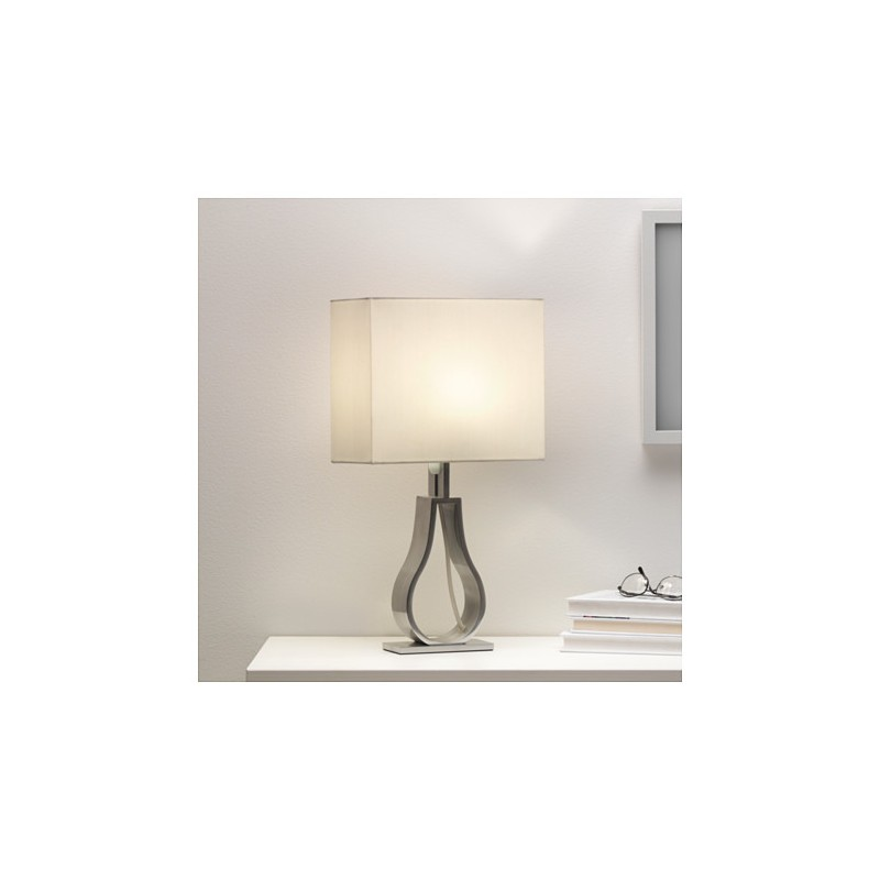 Ikea klabb lampada da tavolo bianco sporco for Ikea tavolo bianco